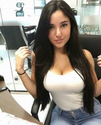 Woman with beautiful breasts is looking for a millionaire